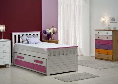 Kajuitbed met logeerbed lichte kleuren tienerbedden - Kleur van meisjeskamers ...