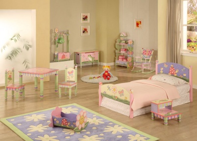 Meisjeskamer met vrolijke dieren magic garden meisjeskamers